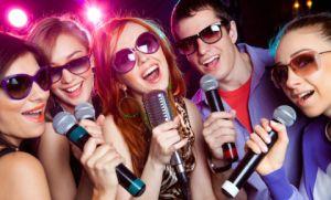 Holofedélzet - PS4 karaoke
